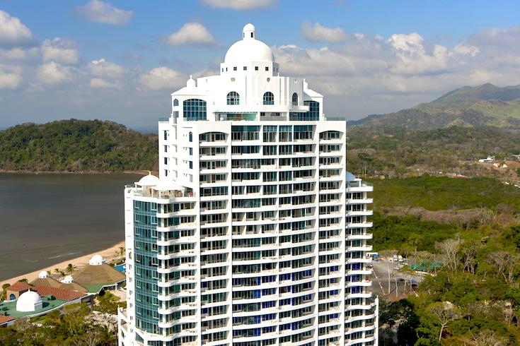 casa-bonita-cropped-view-panama
