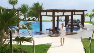 Pearl Club Pool, Casa Bonita