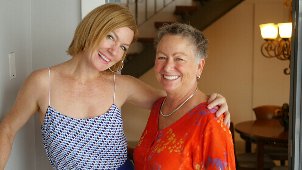 Liz Larroquette and Trish Filming House Hunters International: Panama